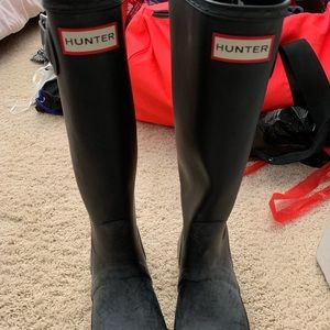 Hunter boots matte black size 7